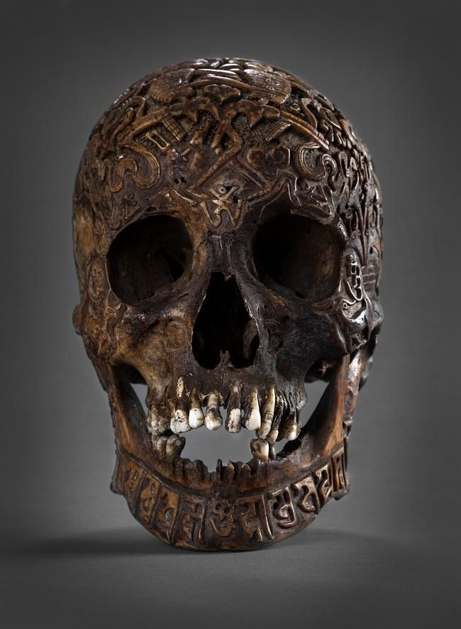 Best carved human skulls for sale one of them is real