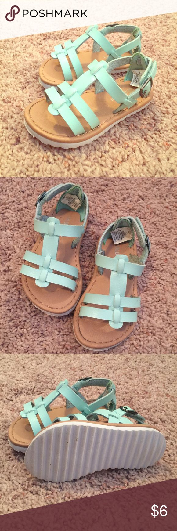 Old Navy Mint Green Sandals Like new Old Navy Mint Green Sandals. Worn only a few times and from a smoke free home. Old Navy Shoes Sandals & Flip Flops