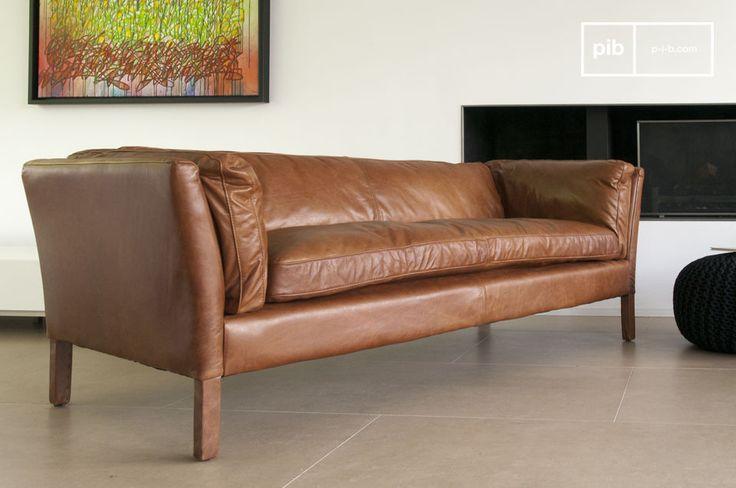 El sofá Hamar de tres plazas es un sofá vintage muy bonito y muy práctico.