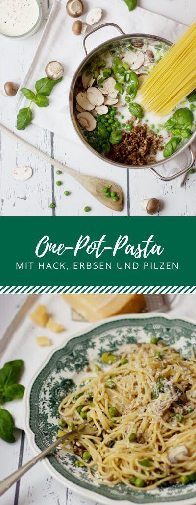 One-Pot-Pasta! Einfach alles in einen Topf geben, köcheln lassen, fertig! Dieses Rezept ist für eine One-Pot-Pasta mit Hack, Erbsen und Pilzen.