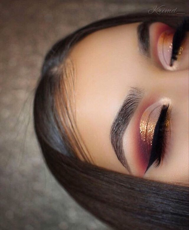 And this is why @shopvioletvoss called it the Holy Grail these eyes on @krimd_ are perfection don'tcha think?