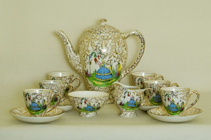 Currently at the #Catawiki auctions: Empire Ware, 15 Piece Coffee Set with Crinoline Lady