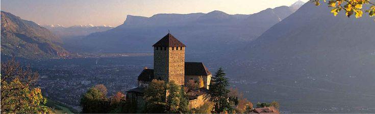 Home- Schloss Tirol