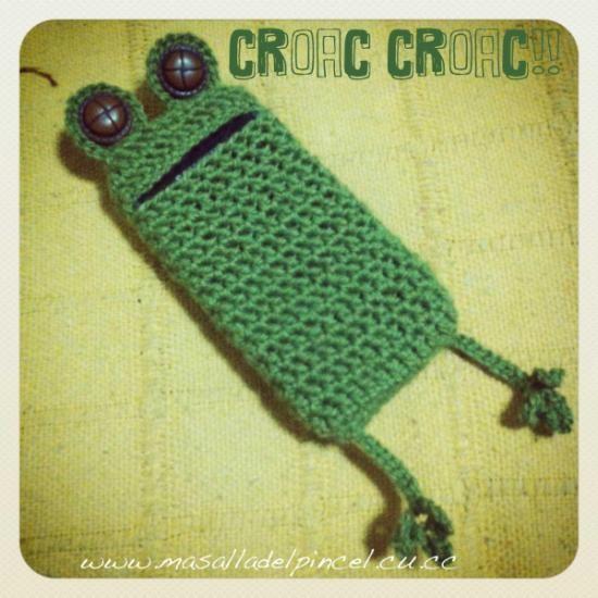 funda de movil rana | frog style  hilo de ganchillo,botones de resina crochet,ganchillo
