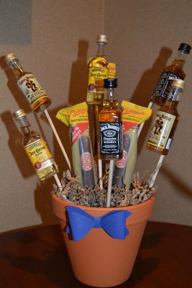 32 Diy Mini Liquor Bottle Bouquet Ideas Retirement Party Man