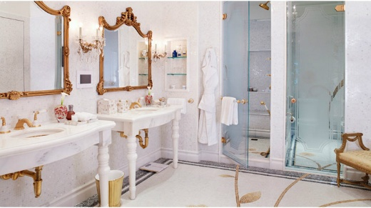 Plaza gets it right with double vanitiesHotels Bathroom, Dreams House, Dreams Bathroom, Plaza Hotels, Under Sinks, Royal Plaza, Plaza Suits, New York, Master Bathroom