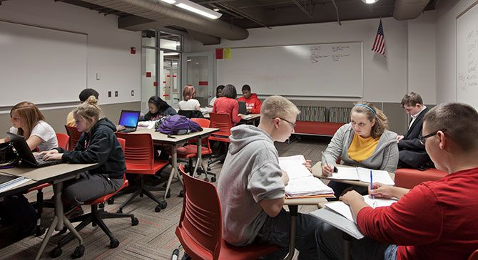 SHP worked with Northwest Schools in renovating classroom wings atboth Northwest and Colerain High School intoblended learning labs.  To meet the curriculum needs of the district, the phased ren...