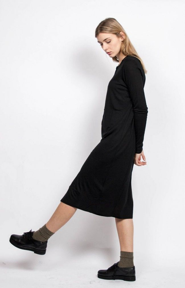 ANNA Plain knitted long black cardigan. #anglestore #cardigan #dress #comfort #blucher #black #fashion #wool