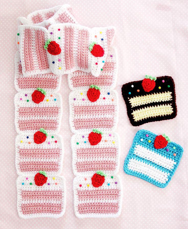 StrawberryCakeScarf4 TWINKIE CHAN