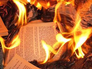 "monteverdelegge: ""Bruciate i libri, tornate a vivere"". Un'intervist..."