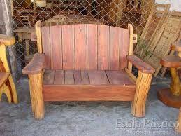 Resultado de imagem para sofá de madeira maciça