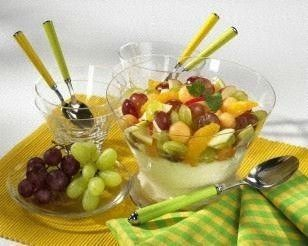 Vanille-Quarkcreme mit Obstsalat
