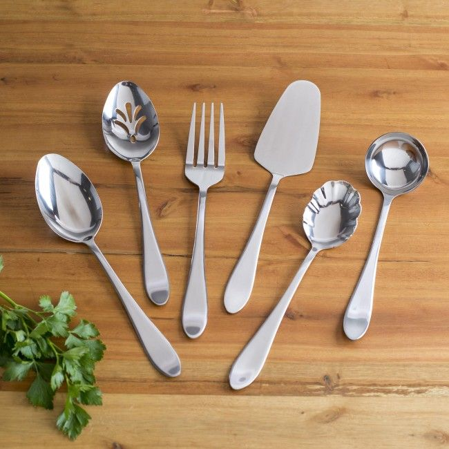 The Gibson Everington Hostess Set is an elegant addition to your diningware. Six different pieces, great for no matter what you're serving.