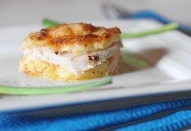 Szoktatok húst sütőben sütni sajttal a tetején? Ugye, hogy az egyik kedvenc a családban? Na, erre a kombóra hoztunk most még 13 variációt - már a képektől éhes vagy!
