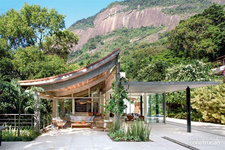 The Rio de Janeiro home of a Danish & Spanish couple - #architecture #design #brazil