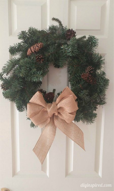 Detailed Instructions for How to Make a Burlap Bow for wreaths, garland, tree toppers, and more!