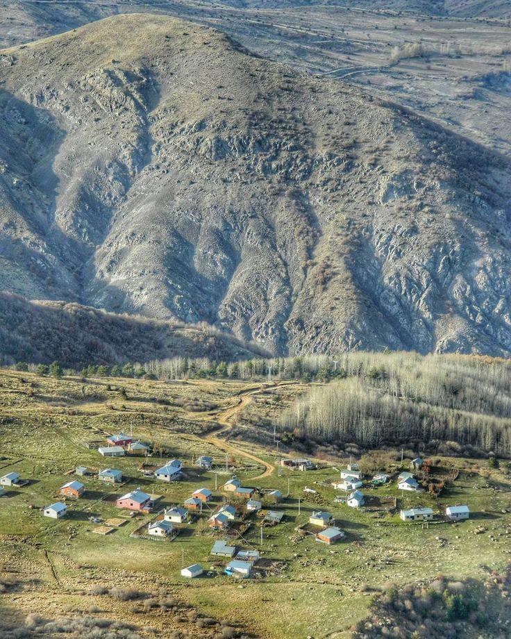 """45 Beğenme, 3 Yorum - Instagram'da Ü z e y i r  K a y a (@turkcuzeyir): """"#mountain #home #naturelovers #nature"""""""