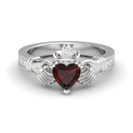 The Claddagh Ring customized in garnet, sapphire and silver