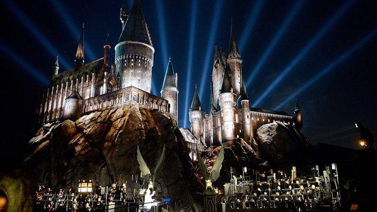Fans d'Harry Potter? Vous devez aller à Philadelphie en octobre 2016. Pourquoi? Tout simplement parce qu'il s'y déroulera le Festival Harry Potter!