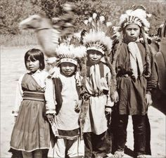 Native American Indian List of names for children Native American Names for Girls ABEDABUN: Cheyenne name meaning sight of day...