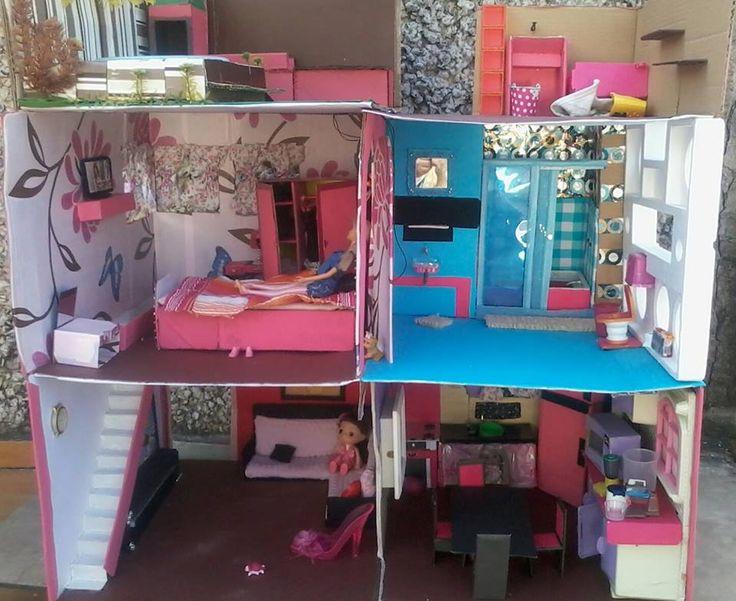 casa da barbie feita de papelão