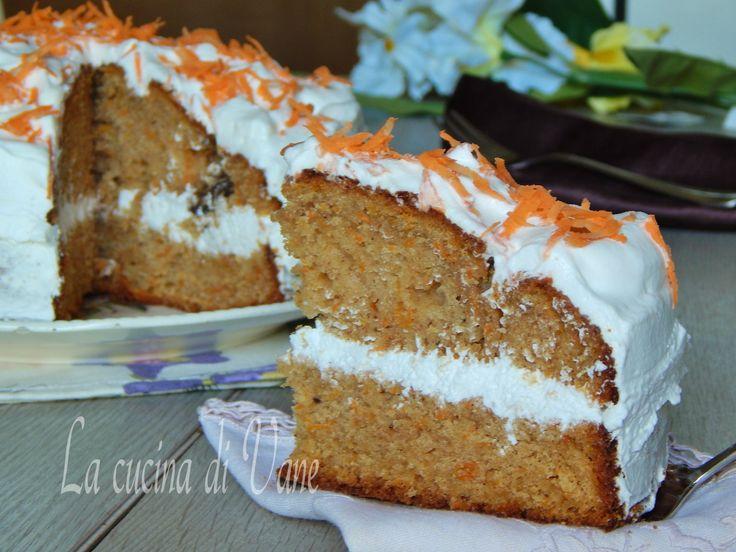 torta di carote ricetta americana, torta soffice, umida e compatta, dal profumo speziato. Ottima da gustare così o farcita con crema al formaggio