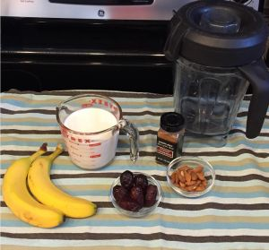 Smoothie recipe for faster labor. #dates #pregnancy #fasterdelivery