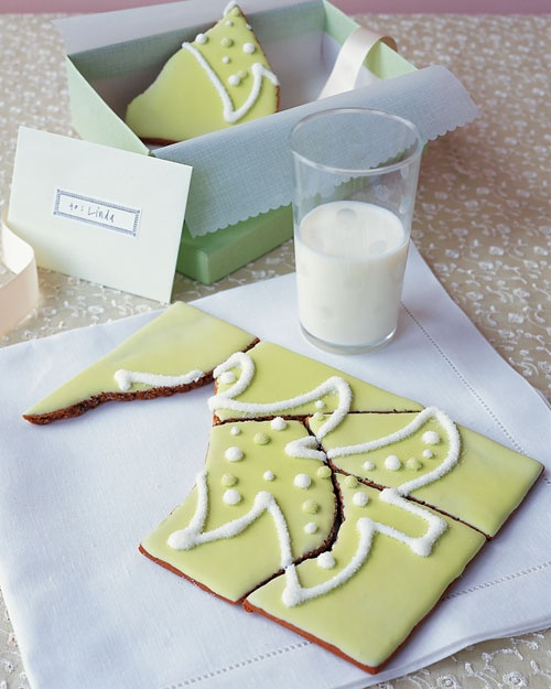 "Christmas Cookie Puzzle - Wrap pieces with a note: ""Don't cheat: Solve the puzzle before you eat!"""