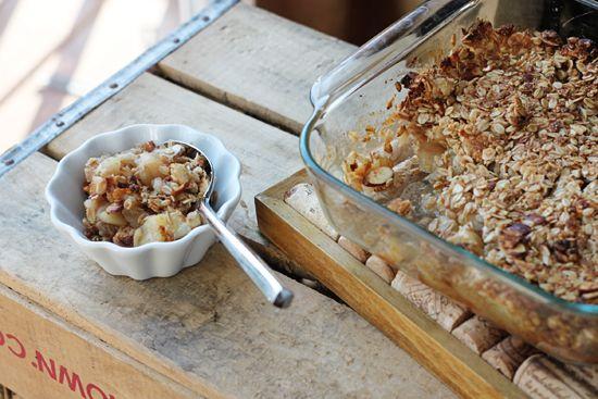 Breakfast Apple Granola Crisp, a barely sweet apple crisp that makes a ...