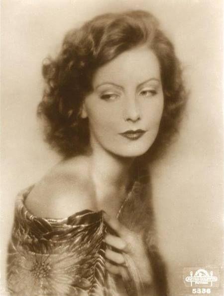 Greta Garbo was so beautiful                                                                                                                                                                                 Plus