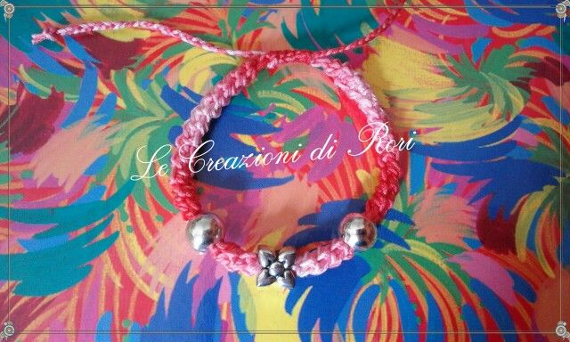 """Bracciali """"Colors"""" di Rori.  I bracciali """" Colors"""" , realizzati interamente a mano, sono personalizzabili nei colori del filato e nei charms.  Scegli il tuo preferito! https://m.facebook.com/pages/Le-Creazioni-di-Rori/342186462499019"""
