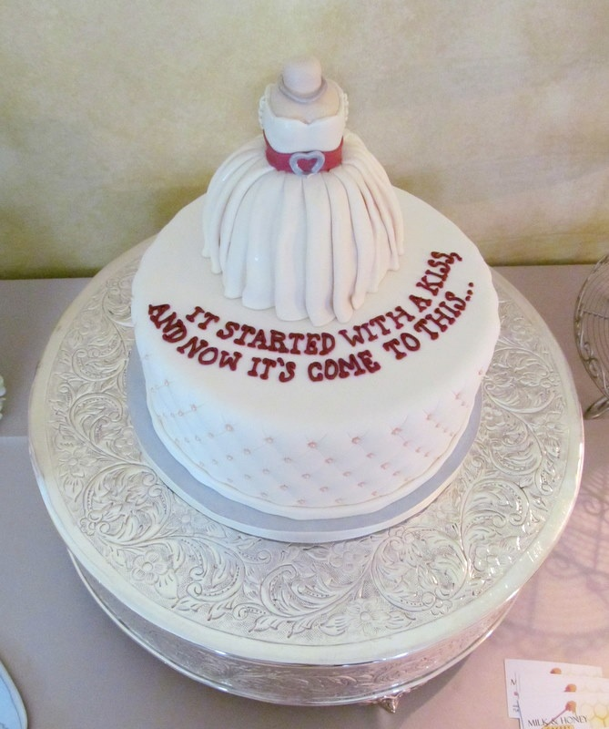 Images Of Cake For Bridal Shower : 63 best images about bridal shower, groom and bacholarte ...