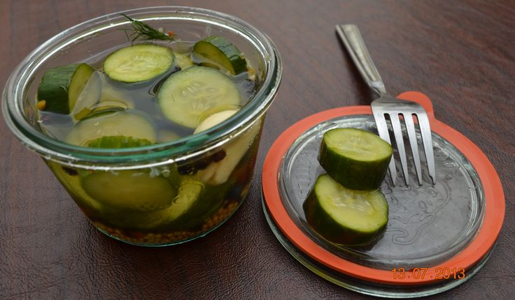 Refrigerator Garlic Dill Pickles | Calories Uncounted | Pinterest