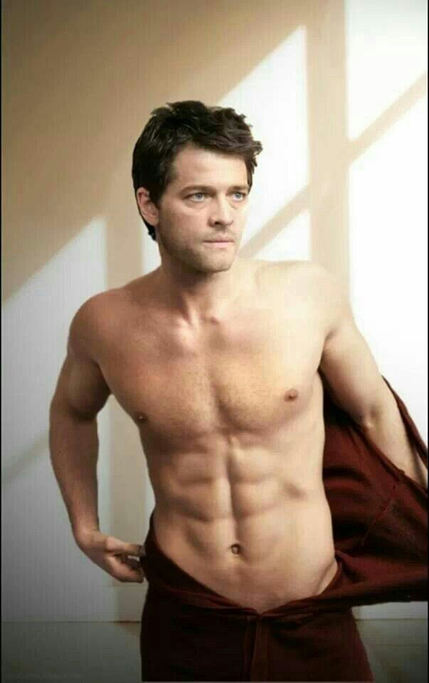 Misha without a shirt....need i say more :D