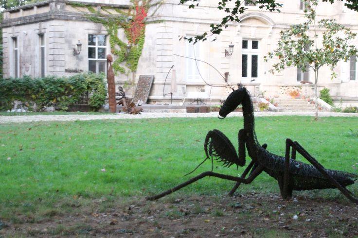 Château d'ART Château de Lagravade Chambres d'hôtes, Bed and Breakfast Aquitaine (Toulouse <- Agen -> Bordeaux) Park de Sculptures: David Vanorbeek Arts Textiles: Natalie Magnin