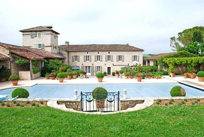 A most impressive stone country house set in 12 acres with swimming  pool, idyllic rural location close to Cordes, Gaillac and Albi in the Tarn. #French #Homes #Castle