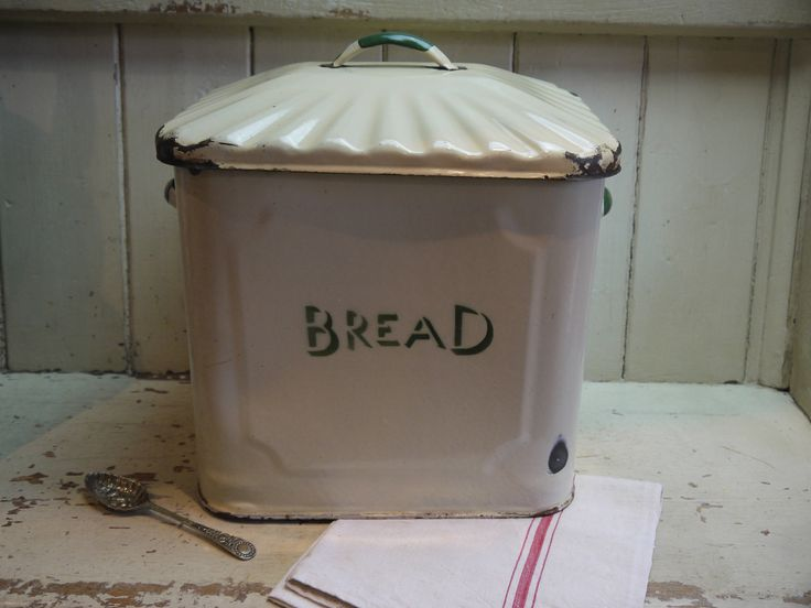 Vintage Enamel Bread Bin - Deco - English Enamel Bread Box - Bread Box - Cream and Green Bread Box - Rustic Bread box - Vintage Bread Box by VintiqueTree on Etsy