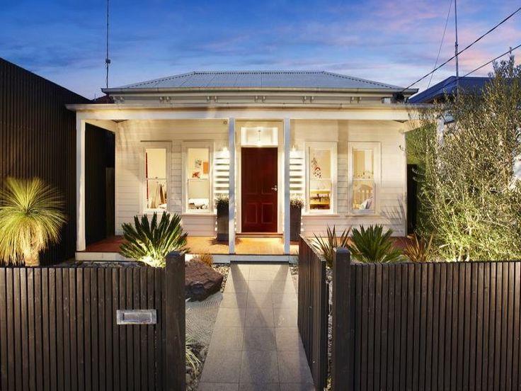 facade ideas with landscaped garden