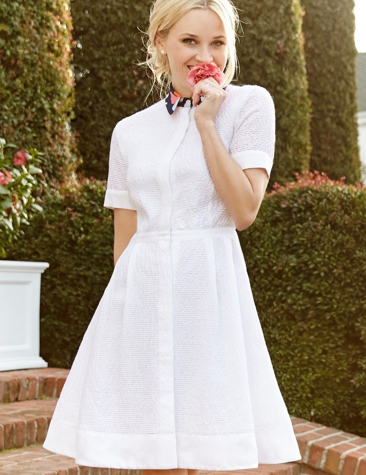 Stop and smell the roses! Reese Witherspoon in the Acklen Shirtdress | Draper James Spring '16