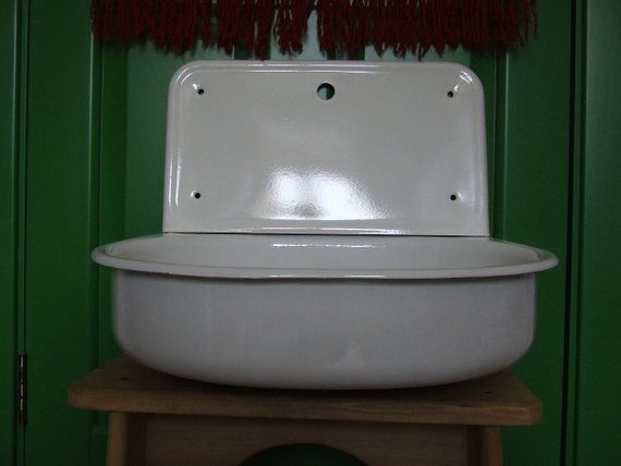 Sink Vintage Porcelain Enamel White Enamel Sink With Drainboard Antqiue Kitchen Sink Farm Sink High Back Splash Rim Single In 2020 Farm Sink White Enamel Sink