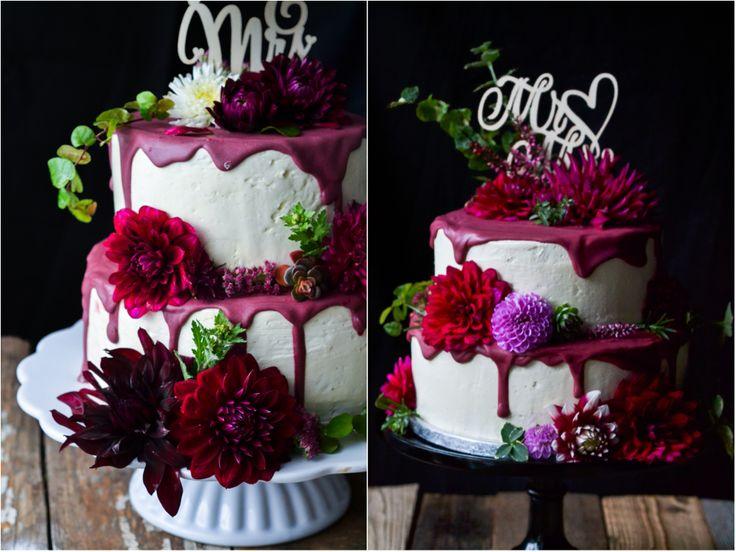 Torte, Hochzeitstorte, Dahlien, Blüten,candymelt, dripping, tropfen, Hochzeit, Herbst, Herbstbraut, Herbsthochzeit, beeren, Schokoladenkuchen, Passionsfrucht, Maracuja, Buttercreme, Fondant,