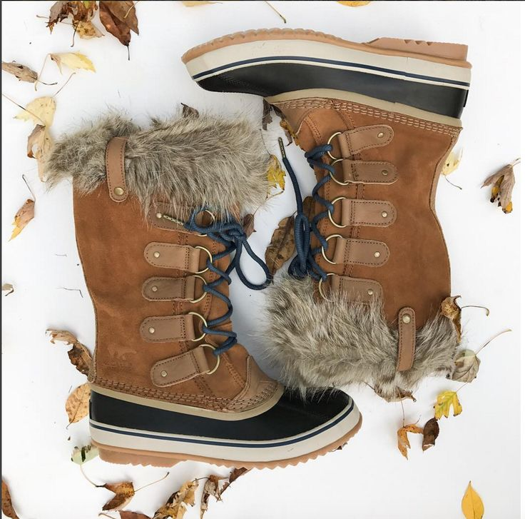Sorel Joan of Arc, winter boots, best cold weather boots 2016, Sorel, fur lined boots, emillionthoughts.com, Emillion Thoughts