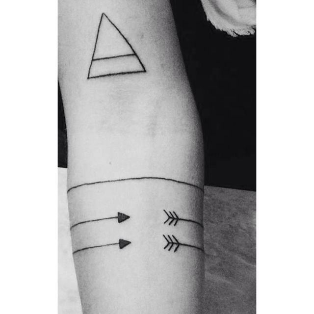 wrap around arrow ringer tattoo - Google Search