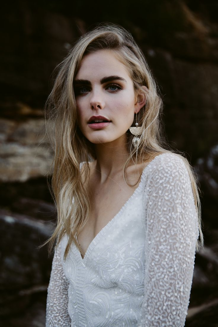 Bridal Jewellery Designer Samantha Wills Editorial styled by LOVE FIND CO. featuring the featuring the Hunter and Gatherer hook earrings teamed with the new Celine wedding dress by Karen Willis Holmes   Photography by the talented @_anna_turner_ // Hair & Make Up by @pvhairmakeup // Model @shannonnutt_ // Link in Profile!