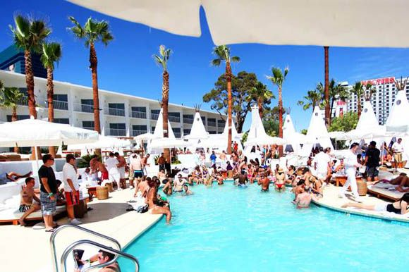 Lovely Pool Party Venues In Los Angeles