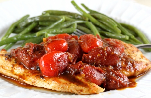 Chicken with Tomato Pan Sauce | Mmmm.... | Pinterest