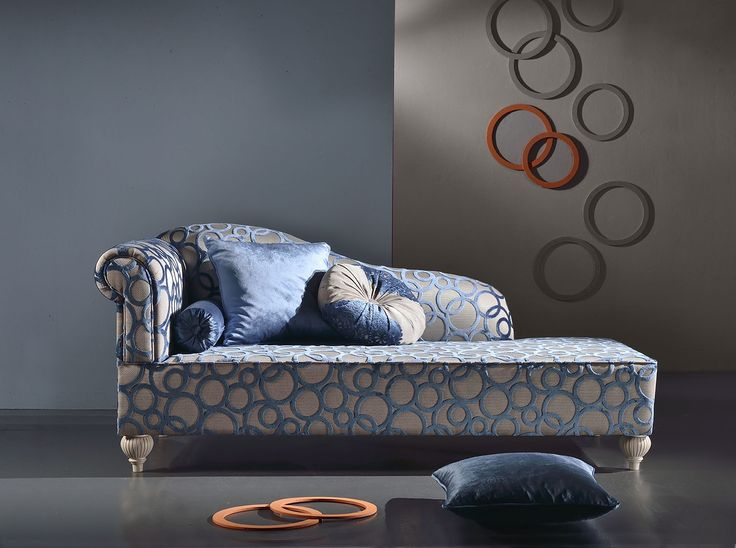 Daisy. Chaise Longue by Venetasedie. New Luxury collection. Geometric fabrics, fine materials, wood and cool lifestyle. Italian Interior Design.