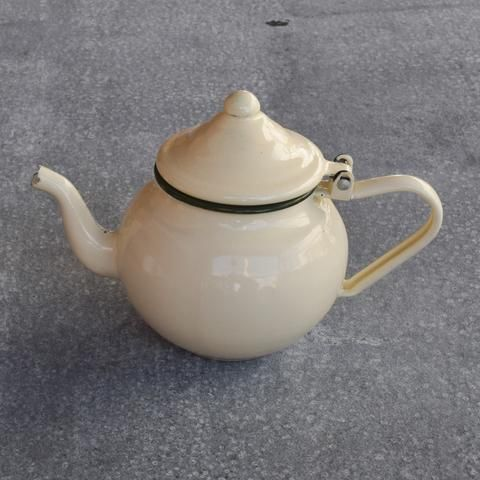 Romanian enamel tea pot, 2 cup 500ml