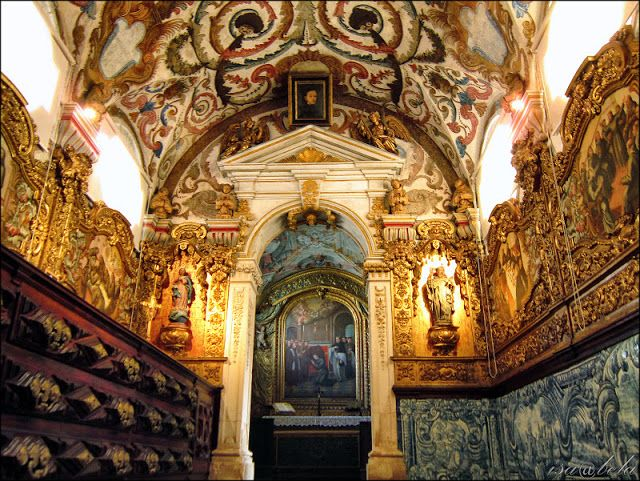 The sacristy of the Church of Santo António dos  Olivais / Coimbra