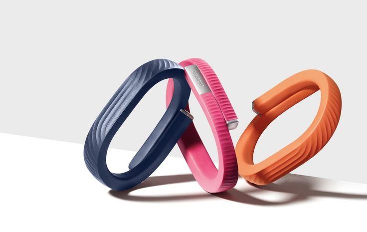 Novidade bem legal! Recentemente trouxe dos EUAesse pulseira (tipo fitband) que tem um aplicativo de monitoramento com sistema integrado e achei bastante útil! É o sistema Up24 da Jawbone: ajuda a ...